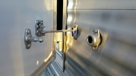 Silent Door Holders ALUMINUM - choose from 3 sizes & Silent Door Holders ALUMINUM - in 3 sizes